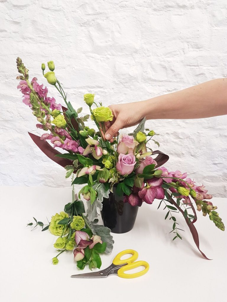 Academy of Floral Art Hogarth 2_preview